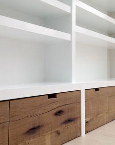 Boekenkast Home Interior, Modern Interior Design, Interior Design Living Room, Fireplace Bookshelves, Living Room Tv, Drywall, Interior Inspiration, Shelving, New Homes