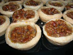 pies | File:Mini pecan pies.jpg - Wikimedia Commons