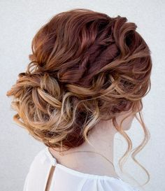 Romantic mussed hairstyle by Stephanie Brinkerhoff. Love! #hotonbeauty hotonbeauty.com #mussedchignon #messyupdo