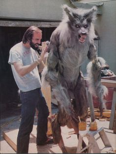 Jeff Shank working on the werewolf for The Howling. Jeff also wore the costume for the film as he was one of the few big enough to be a werewolf. Werewolf Costume, Werewolf Art, Gothic Horror, Classic Horror Movies, Horror Films, Horror Art, Of Wolf And Man, The Howling, Vampires And Werewolves