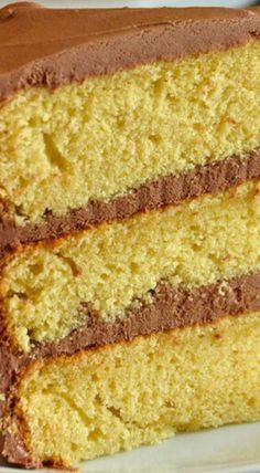 The Best Yellow Cake Recipe Homemade from Scratch a moist delicious beautifully textured cake paired in a classic combination with chocolate frosting. by Read Cake Recipes From Scratch, Cake Mix Recipes, Yellow Cake From Scratch, Rock Recipes, Game Recipes, Köstliche Desserts, Delicious Desserts, Homemade Cake Mixes, Homemade Recipe