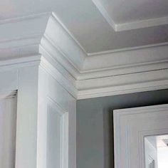 From traditional ornate plaster to modern wooden trim, discover the top 70 best crown molding ideas. Crown Molding Modern, Crown Molding Styles, Ceiling Crown Molding, Ceiling Trim, Wall Molding, Moldings And Trim, Molding Ideas, Ceiling Decor, Ceiling Detail