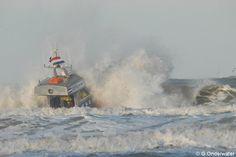 Gert-Jan Onderwater @GertJan92  Foto van de KNRM oefening vanochtend. Meer foto's vanavond laat op Katwijkactueel.nl !