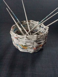 Basket made of paper...so coool | Maria Scheliga