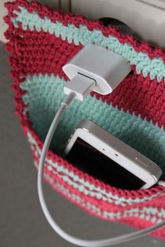 Handig om je telefoon in op te laden. Uit Inhaken op vakantie: