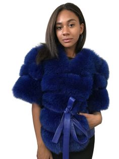 Faux Fur Bolero, Stylish Coat, New Years Eve Outfits, Vest Coat, Cashmere Coat, Other Outfits, Fur Collars, Fox Fur, Winter Coat