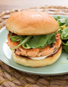 One of our all-time favorites! In this delicious spin on one of America's quintessential meals, we're serving succulent salmon burgers, flavored with fresh oregano. Made by mincing raw salmon fillets, seasoning them, then forming them into patties and cooking them on the stove, our salmon burgers are a light yet incredibly delicious alternative to the typical burger.