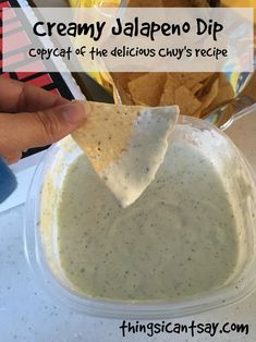 Chuy's Creamy Jalapeno Dip Copycat Recipe Cecilia Serrano Sassiececi Appetizers Chuy's creamy jalapeno dip copycat recipe. I've tried other copycats but this is the one! Easy dip recipe and so delicious! Cecilia Serrano Chuy's creamy jalapeno dip co Snacks Für Party, Lunch Snacks, Party Dips, Superbowl Party Food Ideas, Easy Party Food, Yummy Appetizers, Appetizer Recipes, Easy Dip Recipes, Food Recipes Summer