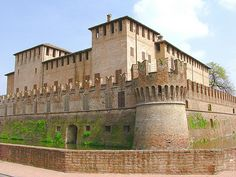 Rocca SanVitale in Fontanellato, Parma - Italy Europe, Old Churches, The Beautiful Country, Medieval Castle, Cool Photos, Amazing Photos, Parma, Art And Architecture, Places To Visit
