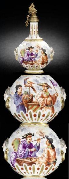 A Meissen scent flask, circa 1723-24. Photo Bonhams