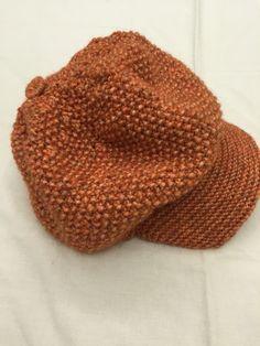 Вязание спицами. Кепи Knitted Hats, Cap, Knitting, Handmade, Knit Hats, Baseball Hat, Hand Made, Tricot, Knit Caps