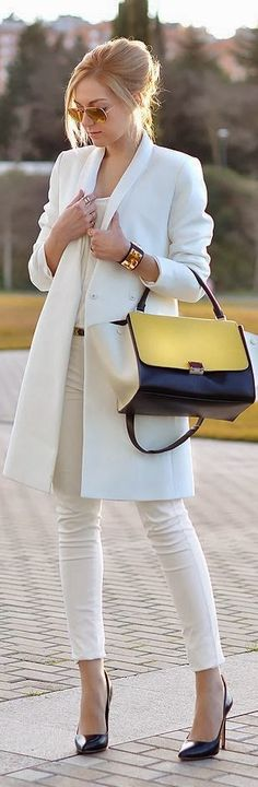 Pretty white coat with white shirt,handbag and high heels pumps