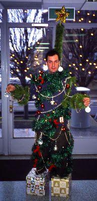 Team Building Human Christmas Tree Physical Education