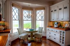 10 Charming Breakfast Nook Ideas - Town & Country Living - pretty!