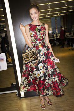 Dolce & Gabbana Spring 2016 Ready-to-Wear Fashion Show Beauty
