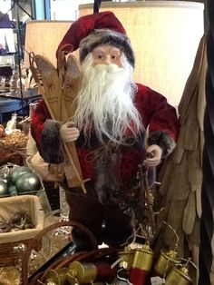 More on what's in stores for Holiday Decorating ~ Mantels and Doors, Tabletops, etc. : Where to shop & What to do in Charlotte, NC.