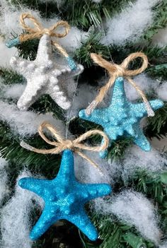 Create these easy Coastal Glitter Starfish Ornament for your holiday tree #ornamentexchange