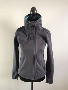 Women's small bench full zip sweater. The sweater is in good used condition. Zip Sweater, Motorcycle Jacket, Bench, Navy Blue, Athletic, Sweaters, Jackets, Ebay, Women