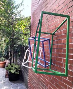 "When forced to stare at walls. it's best to stare at the one with the sculpture. 👁👁 ""Gesture,"" a sleek, minimalist wall sculpture, photographed last summer in a private courtyard garden in the West Village, NYC. Landscape Art, Landscape Architecture, Landscape Design, Garden Design, Abstract Shapes, Abstract Art, Zen Space, Nyc Art, Outdoor Sculpture"