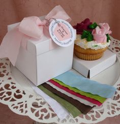 Personalized 2 Piece Cupcake Box - 8 Ribbon Colors - Personalized 2 Piece Cupcake Box - Deluxe 2 piece Cupcake box in White box color only. Ribbon is available in 8 colors. Insert has a 2 . Personalised Cupcakes, Personalised Box, Wedding Favor Boxes, Wedding Gifts, Anniversary Cupcakes, 50th Anniversary, Cupcake Packaging, Cupcake Boxes, Outdoor Wedding Reception