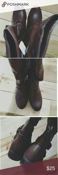 "Jaclyn Smith Erica Brown Riding Boots Size 8M Jaclyn Smith Erica Brown Riding boots no box. Size 8M. New. Faux leather. Stretching bit at the back. Height : 15"" circumference : 17"" heel : 1"" block Jaclyn Smith Shoes Heeled Boots"