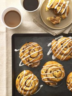 27 Amazing Recipes from Famous Bakeries #desserts http://www.ivillage.com/recipes-famous-bakeries/3-b-325838#519006