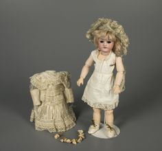 79.10623: doll | Dolls from the Early Twentieth Century | Dolls | Online Collections | The Strong