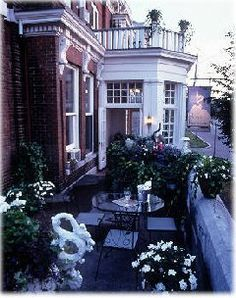 Hotel Belvedere in #Kingston, #Ontario, is a 20-room #inn that offers Old World charm and modern conveniences. Situated in downtown Kingston and just blocks from #Queens University, this charming property provides a light breakfast to its guests. Hotel Belvedere has just started using our cloud-based WebRezPro.com Property Management System. See WebRezPro's integrated Web reservation #software in action by visiting their website! #hotelnews #hotelmanagement #hotelsoftware