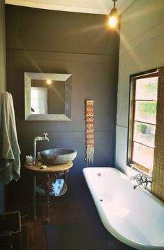 Rosendal offers space and tranquillity together with interesting eating places, arts, crafts and people. Click on the link to view this stylish cottage. #FreeState #WanderlustWednesday #TravelGround Eating Places, Places To Eat, Free State, Beautiful Bathrooms, Clawfoot Bathtub, Cottage, Space, Stylish, Link