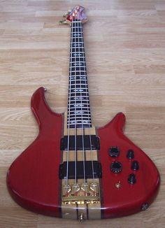 Peavey Rudy Sarzo Bass