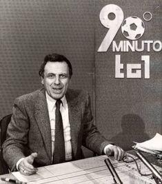 Paolo Valenti Ore quando l'Italia stava davanti alla tv per minuto Vintage Tv, Vintage Posters, Italian Posters, Non Plus Ultra, Cinema Film, Time Capsule, Do You Remember, My Memory, My Passion