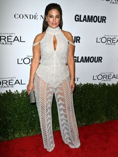 Ashley Graham embraced the transparency trend in a sheer jumpsuit during the Glamour Women of the Year 2016 ceremony in L. Addition Elle, Coco Chanel, Ashley Graham Style, Streetwear, Women's Fashion Leggings, Evolution Of Fashion, Glamour, Vogue Covers, Celebrity Red Carpet