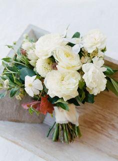50 ramos de noiva 2017 nos quais se deve inspirar para o seu casamento. Dê cor ao seu look com as melhores flores! Image: 36