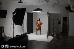 Behind the scenes by @sweetculture : Mannequin Skywalker... | #sweetculture || @iamsamanthaelizabeth @mystylemode.us @blok_studio #bts #iso1200