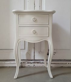 Bedroom Furniture, Nightstand, Table, Home Decor, Closet, Kids Room, Bedroom Decor, French Country Kitchens, Classic Furniture