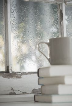 Rain, books & coffee...it doesn't get any better...