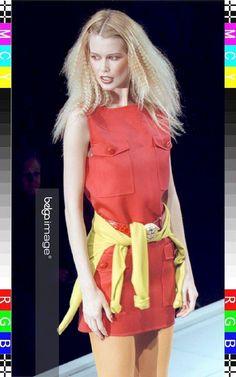gianni versace fall 1996 ready to wear - claudia schiffer