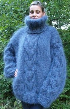 Turtleneck Outfit, Sweater Outfits, Big Sweater, Gros Pull Mohair, Red T, Turtle Neck, Warm, Coat, Long Sleeve