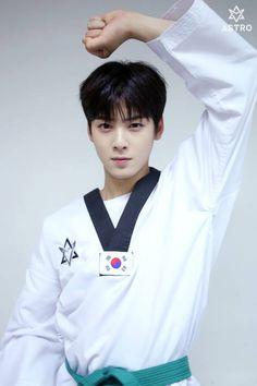 Cha Eunwoo in Taekwondo Suit