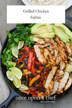 TESTED & PERFECTED RECIPE - These chicken fajitas with smoky, charred chicken and caramelized peppers rival those from your favorite Tex-Mex restaurant. Grilled Chicken Fajitas, Marinated Chicken, Cashew Chicken, Chicken Nachos, Chicken Enchiladas, Grilling Recipes, Cooking Recipes, Freezer Recipes, Healthy Recipes