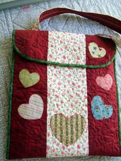 Blog de patchwork :PATCHWORK, Bolsa para Notebook Note Tablet, Ipad Case, Applique, Patches, Notes, Blog, Quilts, Sewing, Crafts