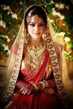 "Bridalmakeup ""Anina "" @ Simi's Bridal Makeover Studio - All over South India Indian Bridal Wear, Asian Bridal, Pakistani Bridal, Indian Wear, Bridal Sarees, Desi Wedding, Wedding Attire, Wedding Sari, Wedding Bride"