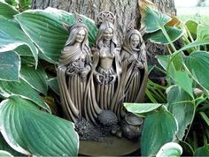 Maiden Mother Crone - Lovely!