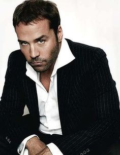 Jeremy Piven - seems like a bit of a jerk but he sure is fun to watch and nice to look at