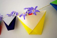 Springtime Origami Garland. - Guirnalda primaveral origami