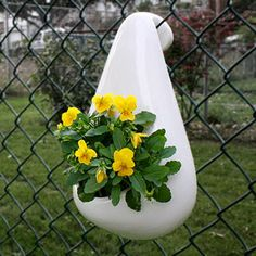 from Myles Geyman found on etsy dot com - chain link fence planter Fence Planters, Flower Planters, Hanging Planters, Flower Pots, Backyard Projects, Outdoor Projects, Outdoor Plants, Outdoor Gardens, Garden Art