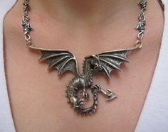 Oh, my. Dragon pendant with dragon link chain.