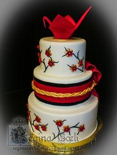 Japanese Wedding Cakes | Japanese Origami Crane wedding cake