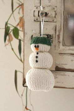 free snowman ornament knitting pattern-parsonbrown