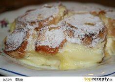 Pochoutková žemlovka recept - TopRecepty.cz 5 rohlíků 1/2 litru mléka 4 vejce jablka dle chuti 1 tvaroh vanilkový pudink cukr (do pudinku i tvarohu dle chuti) máslo na vymazání pekáčku a kdo má rád, na polití žemlovky